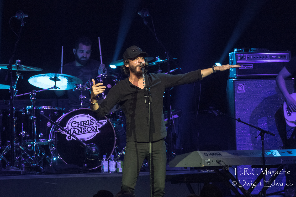 Chris Janson at Fallsview Casino feb 3,2018 096