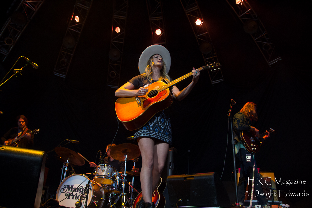 Brent Cobb Margo Price Chris Stapleton budweiser Stage 003 (18)