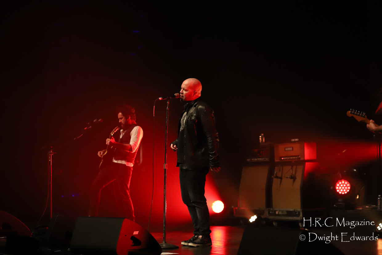 J.J Thompson Finger Eleven I Mother Earth at First Ontairo Conce 155