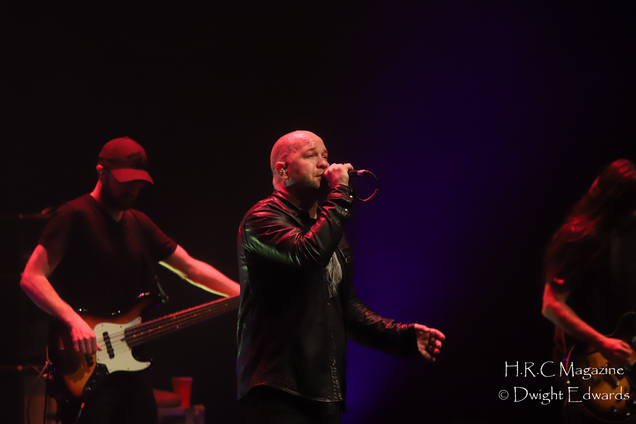 J.J Thompson Finger Eleven I Mother Earth at First Ontairo Conce 333