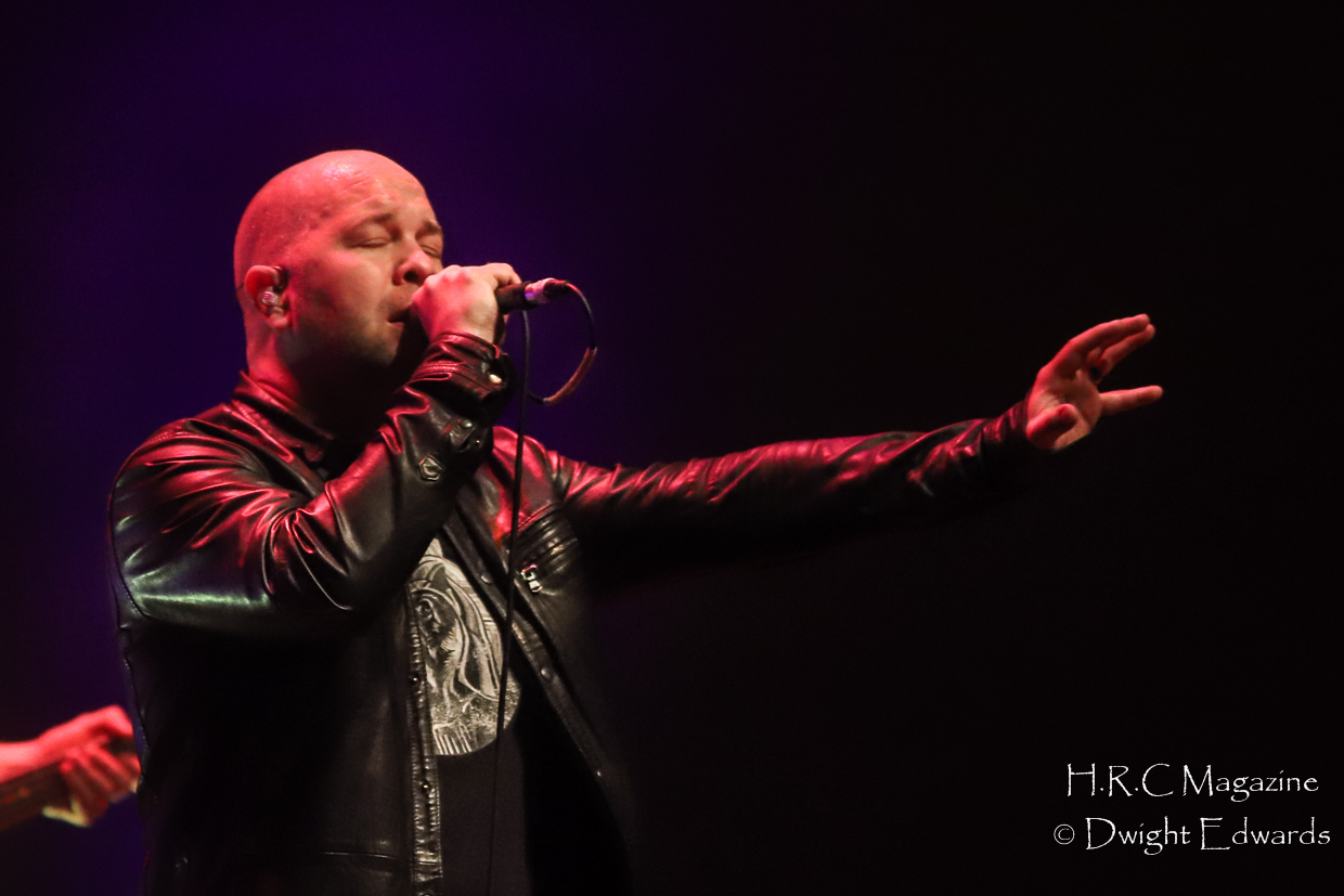 J.J Thompson Finger Eleven I Mother Earth at First Ontairo Conce 335