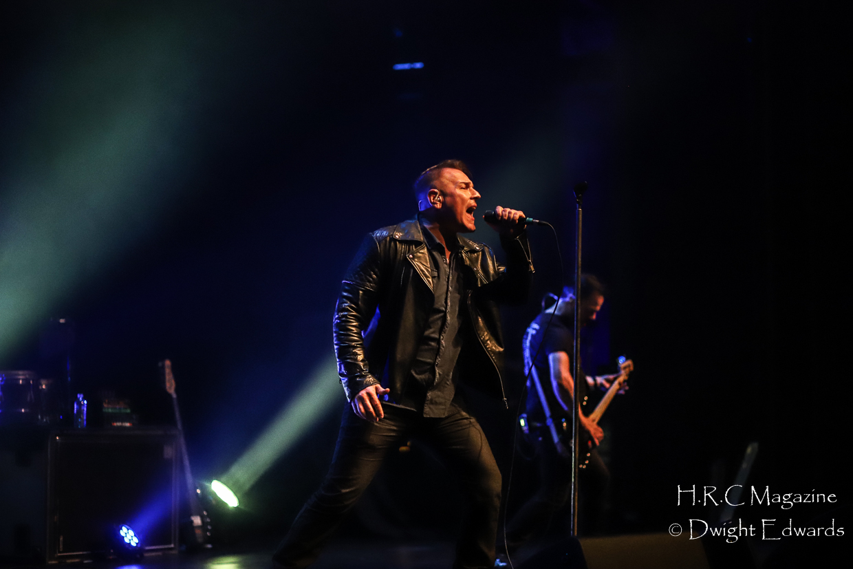 J.J Thompson Finger Eleven I Mother Earth at First Ontairo Conce 646