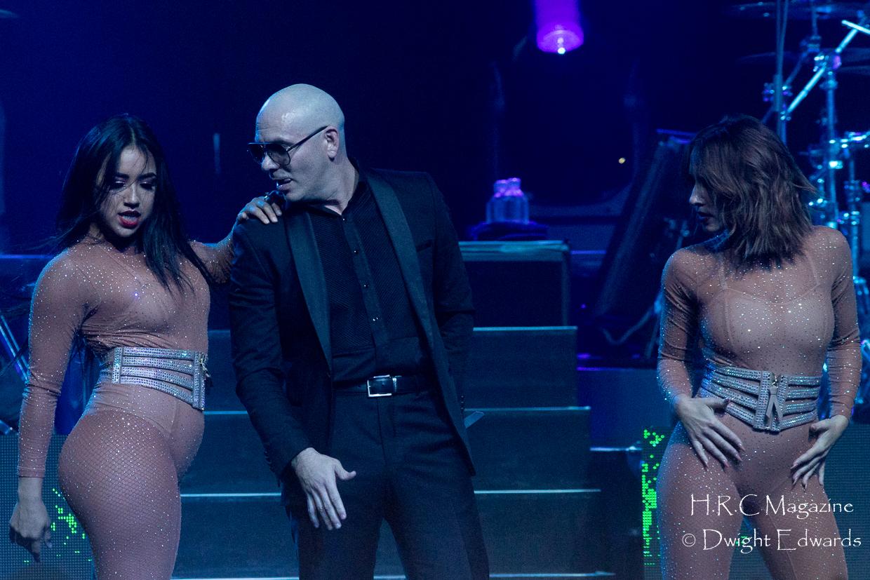 Pitbull at Fallsvew Casino May 22,2018 217