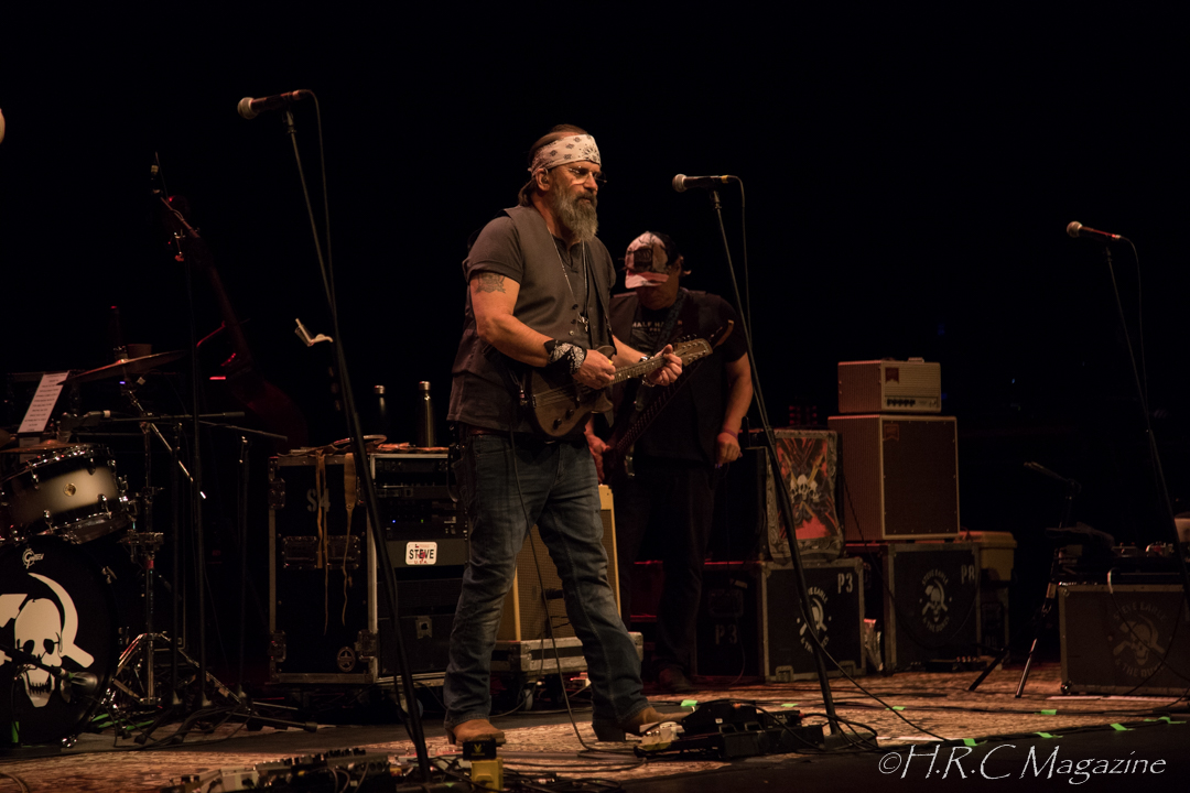 Steve Earle & The Dukes with The Mastersons Sept 9 2018 (6)