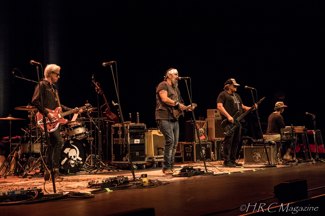 Steve Earle & The Dukes with The Mastersons Sept 9 2018 (8)
