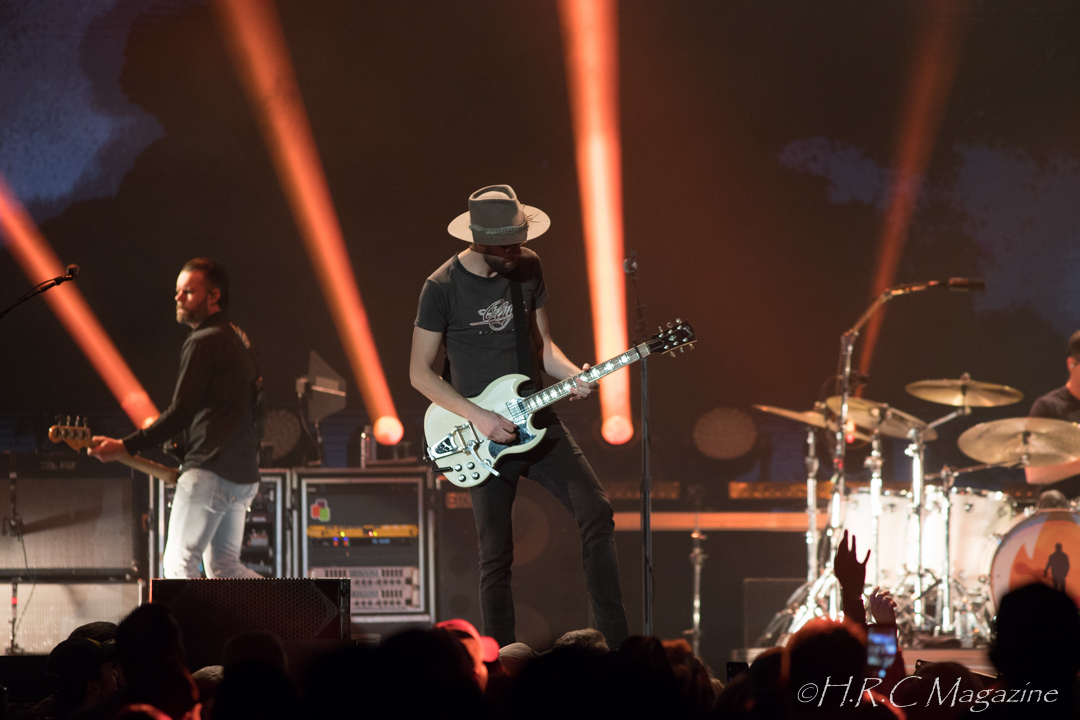 Tenille Townes,Jon Pardi Dierks Bentley at FirstOntario Centre 670