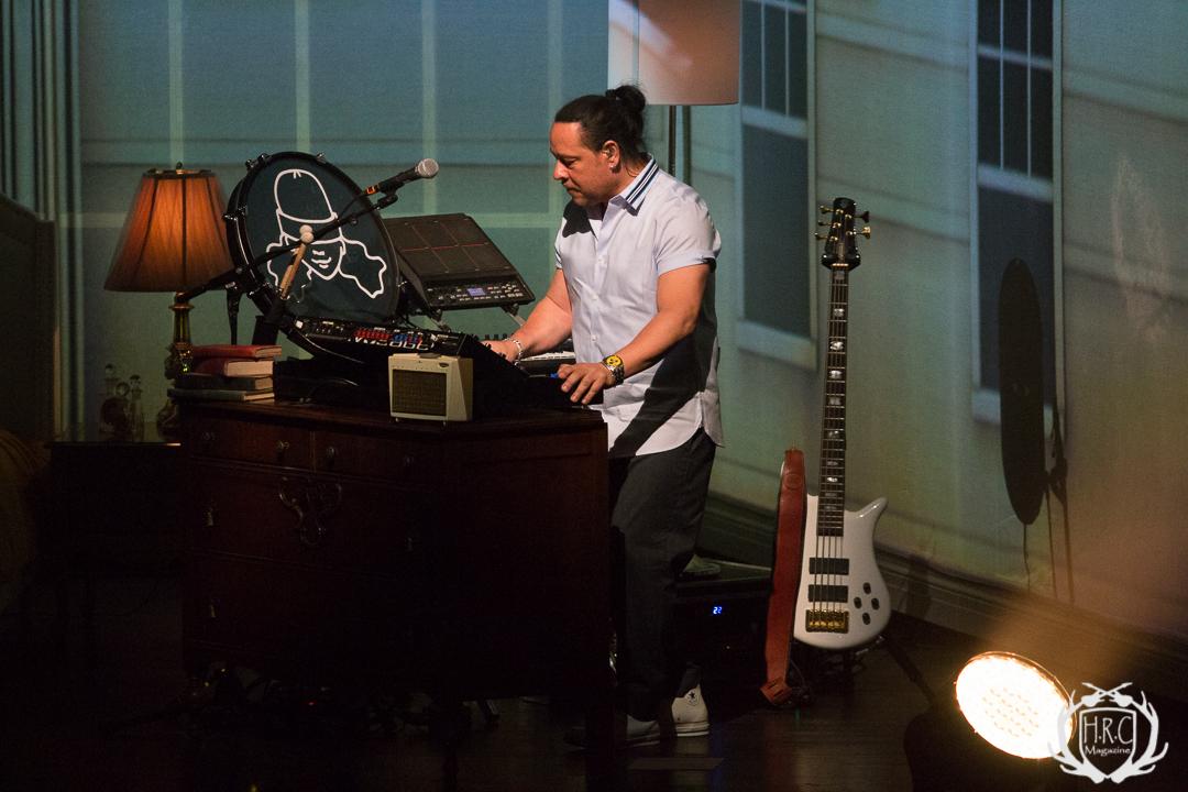 Ryland James & Alessia Cara at Firstontario Concert Hall70d 084